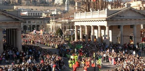 Carnevale Mezzaquaresima Bergamo Brianza Parade Band